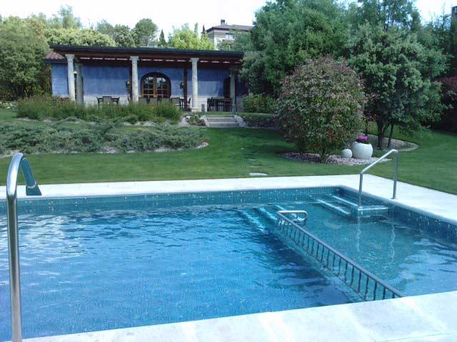Cubiertas para piscinas precios cool ver imagen ms grande for Cubierta piscina precio